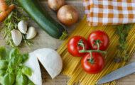 沢山の種類の野菜が並んでいる