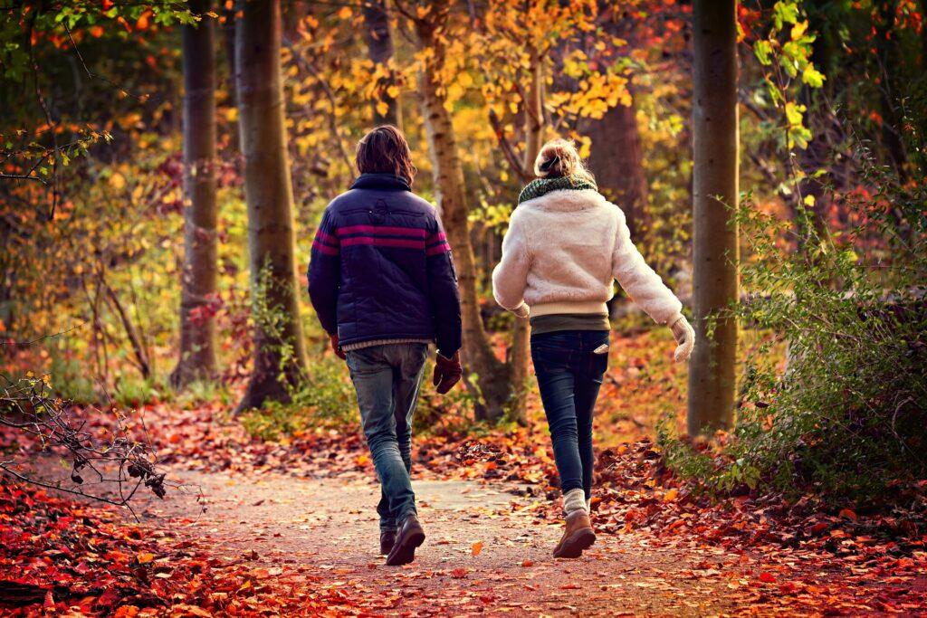 夫婦が仲良く生活習慣する