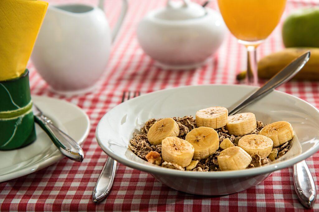 朝食にダイエット効果のあるコーンフレークがある
