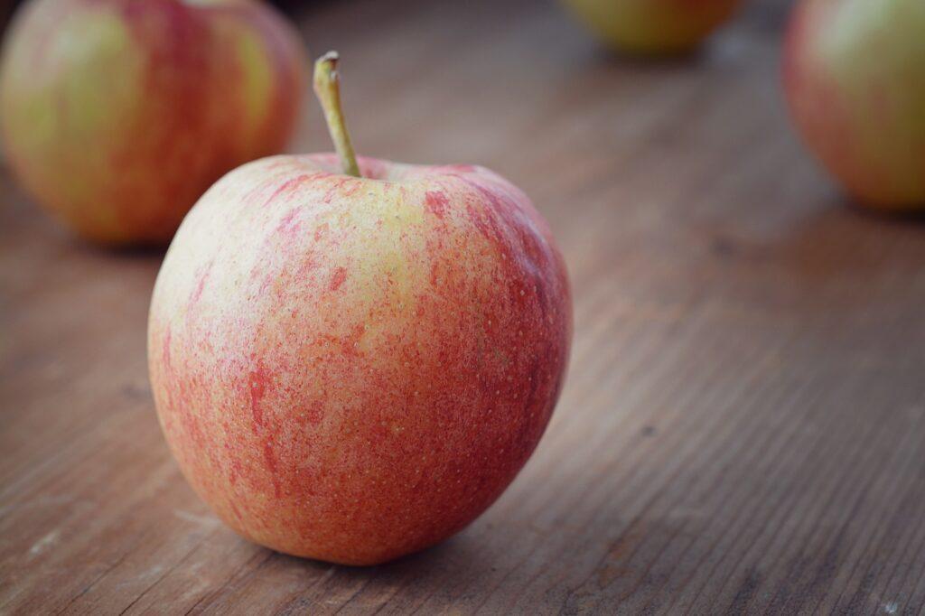 貧血対策の果物が並んでいる